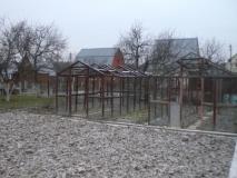 Варшавское или Калужское ш., 30 км от МКАД, СНТ  в близи д. Овечкино,  участок 5 сот., туалет и душевая на улице,  эл-во на участке, рядом пруд, лес 100 м
