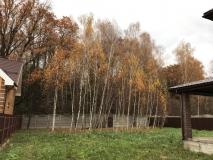 ИЖС, 25 км от МКАД, Калужское шоссе, новая Москва, д. Романцево, коттедж дом 260 кв.м., на участке 13 соток, крайний к лесу в охраняемом поселке, в окружении реликтового леса.  Коммуникации центральные